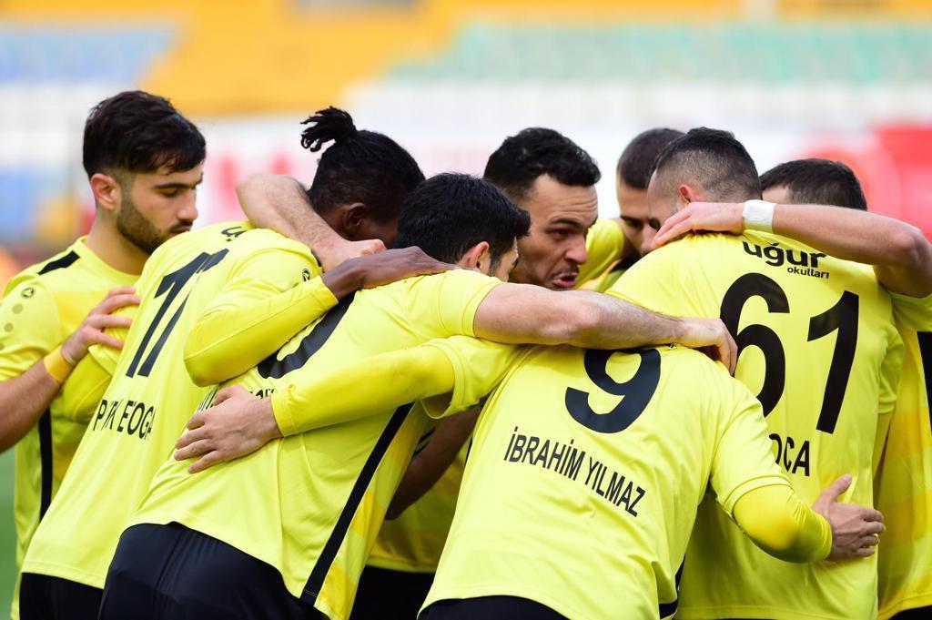 İstanbulspor'dan 5 Gollü Galibiyet