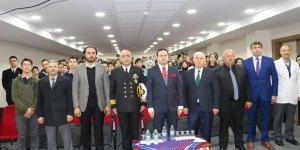Trabzon Deniz Komutanı Oflu öğrencilere Çanakkale´yi anlattı