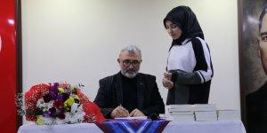 Yazar Kabahasanoğlu'ndan Of'ta söyleşi ve imza günü